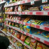 Photo taken at Alfamart Menanggal by Elis L. on 1/15/2013