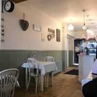 รูปภาพถ่ายที่ Primrose Cafe โดย Roel C. เมื่อ 9/3/2017