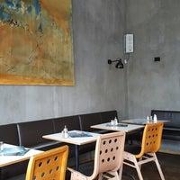 Das Foto wurde bei Cafe Menta von Rahel M. am 9/24/2017 aufgenommen