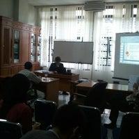 Photo taken at Ruang Rapat TF Lantai. 1 Teknik Fisika ITB by Gideon G. on 9/17/2012