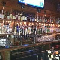Das Foto wurde bei JT's Pub & Grill von B.A.Stoner 4. am 5/21/2015 aufgenommen