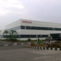 Foto diambil di PT. Honda Prospect Motor oleh Ivant V. pada 11/13/2012