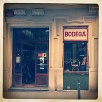5/23/2013 tarihinde Carles A.ziyaretçi tarafından Bodega Armando'de çekilen fotoğraf