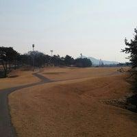Photo taken at 천안 상록CC by Byunghyun L. on 3/27/2016