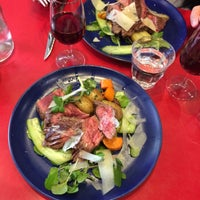 Photo taken at Le Verre Volé - Le Bistrot by Marianne B. on 8/16/2017