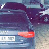 Photo taken at Kartal Oto VW Audi Özel Servis by B NARLI on 1/2/2017