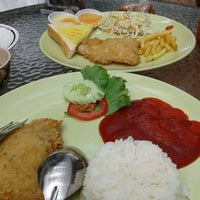 Photo taken at Steak Be Tasty by 💝😜Supakorn🍀 J. on 2/20/2014