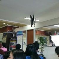 Photo taken at Kantor Imigrasi Kelas 1 Jakarta Pusat by Michael C. on 4/8/2015