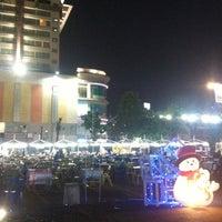 Photo taken at ลานเบียร์ สุนีย์ by Nuttariya on 12/8/2012