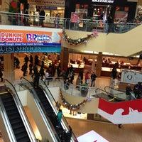 Foto tomada en Queens Center Mall por Luis el 12/21/2012