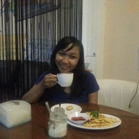 Photo taken at Coffee Story by RrAngelaPatricia S. on 1/10/2015