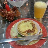 Photo taken at Cafeteria Auto Posto Vieira by Reinaldo M. on 11/25/2013