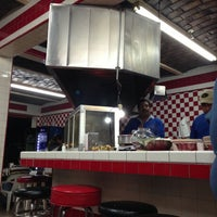 Photo taken at Tacos el Frances by Gethsemani G. on 4/19/2013