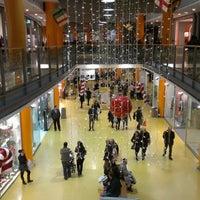 Foto scattata a Centro Commerciale Vulcano Buono da Mario L. il 1/6/2013