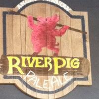 Foto tirada no(a) Angry Minnow Restaurant & Brewery por William em 5/4/2013