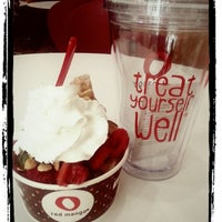 Photo taken at Red Mango by Mary L. on 7/27/2013