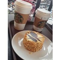3/6/2017 tarihinde Yavuz Selim Ç.ziyaretçi tarafından Starbucks'de çekilen fotoğraf