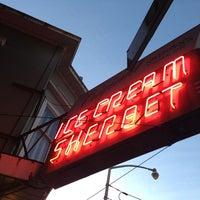 Photo taken at Swensen's Ice Cream by Jackie on 2/24/2013