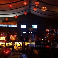 Das Foto wurde bei Taj Bar von Rondinelli R. am 10/17/2012 aufgenommen