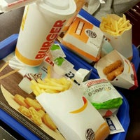 Photo taken at Burger King by Sedef A. on 11/1/2016