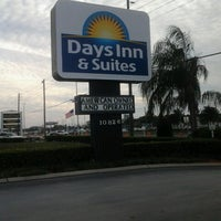 Photo taken at Days Inn & Suites Port Richey by Steven D. on 1/23/2013