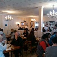 รูปภาพถ่ายที่ The Original Pancake House โดย Frank J. เมื่อ 12/8/2012