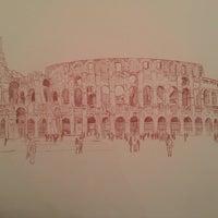 Foto tirada no(a) Colosseo a Pezzi por Luciana C. em 1/29/2014