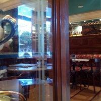 Photo taken at Café de Pombo by Javier G. on 1/26/2013