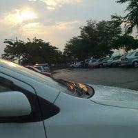 Photo taken at Waterfront Free Parking by Saf'iya S. on 10/4/2012