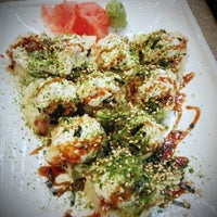 Photo taken at Sushi Zushi by JAMAR J. on 5/13/2013