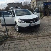 Photo taken at Çalışkan Oto Yıkama by Kadir S. on 1/22/2016