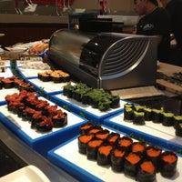 Das Foto wurde bei Shinju Japanese Buffet von Angie R. am 12/28/2012 aufgenommen
