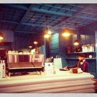 3/3/2013 tarihinde Çağatay Y.ziyaretçi tarafından Brew Coffee Works'de çekilen fotoğraf