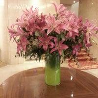 Foto tomada en Hotel Wellington por Tatiana U. el 3/12/2013