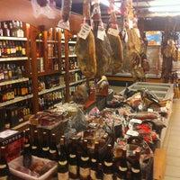 Photo taken at Supermercado Porto by Frodo B. on 2/21/2013