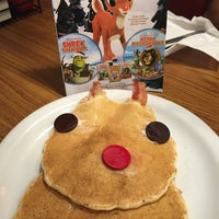 Photo taken at Denny's by Crystal R. on 12/6/2015