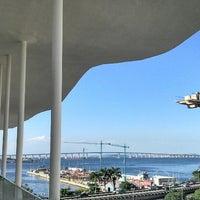 Foto tirada no(a) Museu de Arte do Rio (MAR) por Tami💀 em 4/16/2013