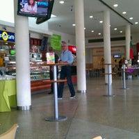 Photo taken at Área Serviço de Pombal (N-S) by Helder R. on 8/17/2011