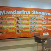 Photo taken at Mandarina Shoarma by István S. on 8/16/2013