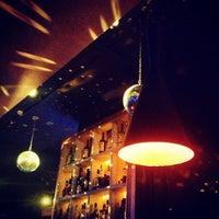Снимок сделан в Stariki Bar пользователем Georgiy B. 1/29/2013
