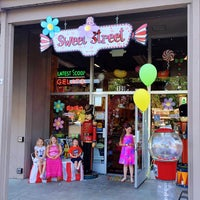 Photo taken at Sweet Street by Andy H. on 4/27/2015