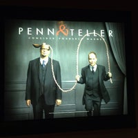 รูปภาพถ่ายที่ Penn & Teller Theater โดย Tasha S. เมื่อ 5/29/2013