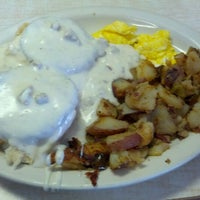 Photo taken at Gaffey Street Diner by Alwyn L. on 10/21/2012