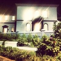Photo taken at Touro Synagogue by Alex on 8/18/2013