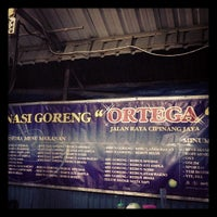 Photo taken at Nasi Goreng Ortega by Wisa E. on 5/20/2013