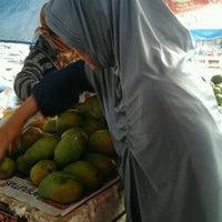 Photo taken at Pasar Manis. Purwokerto by Aryani P. on 12/1/2012