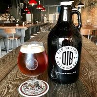รูปภาพถ่ายที่ Old Irving Brewing Co. โดย Old Irving Brewing Co. เมื่อ 10/19/2016