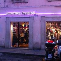 Foto scattata a American Apparel da Ludovica il 1/12/2013