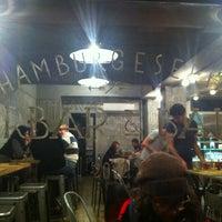 Foto scattata a Hamburgeseria da Ludovica il 1/19/2013