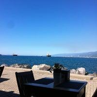 10/21/2013 tarihinde Deniz B.ziyaretçi tarafından Petek Cafe'de çekilen fotoğraf